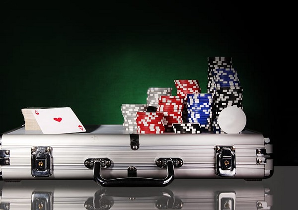 4 MOST VALUABLE POKER STRATEGIES